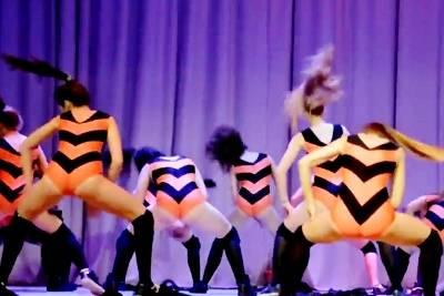 Танец пчелок